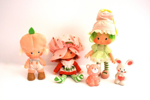 how to draw strawberry shortcake and friends