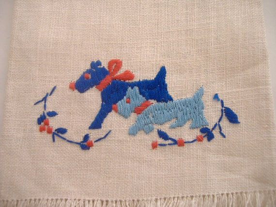 Vintage Hand Embroidered Scottie Linen Towel