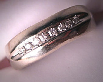Vintage Diamond Wedding Band Ring  White Gold Estate Jewelry
