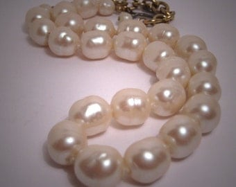 Vintage Gripoix Glass Pearls Large 12mm Designer Jewels