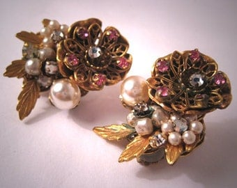 Vintage Pearl Earrings Robert Miriam Haskell Designer