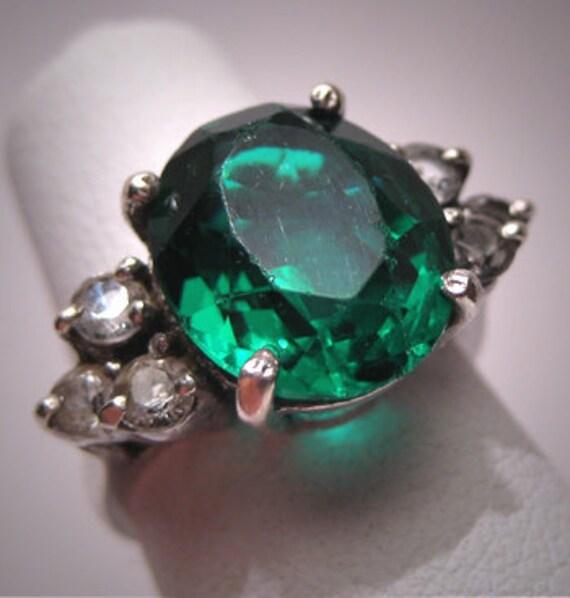 Antique Emerald French Paste Ring Vintage Art Deco Era