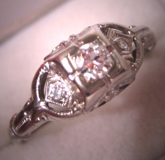 Antique Diamond Wedding Ring Vintage Art Deco White Gold