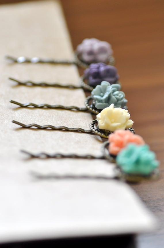 Flower Cluster Bobby Pin x 1