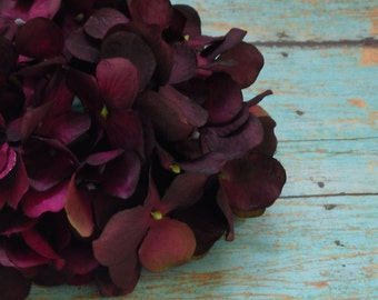Silk Flowers - One Hydrangea Head in Shades of Eggplant Purple - Top Quality - Artificial Flowers