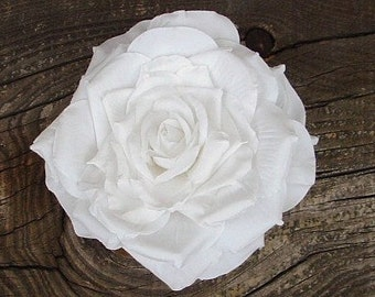 SALE Large White Rose WAS 6.50 N0W 4.00