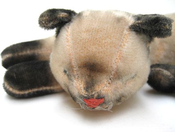 Antique Blind Shabby Chic Siamese Kitty Toy - Steiff Hermann Cat - Cute Vintage Stuffed Animal Mohair Lying Sleeping Kitten Home Decor