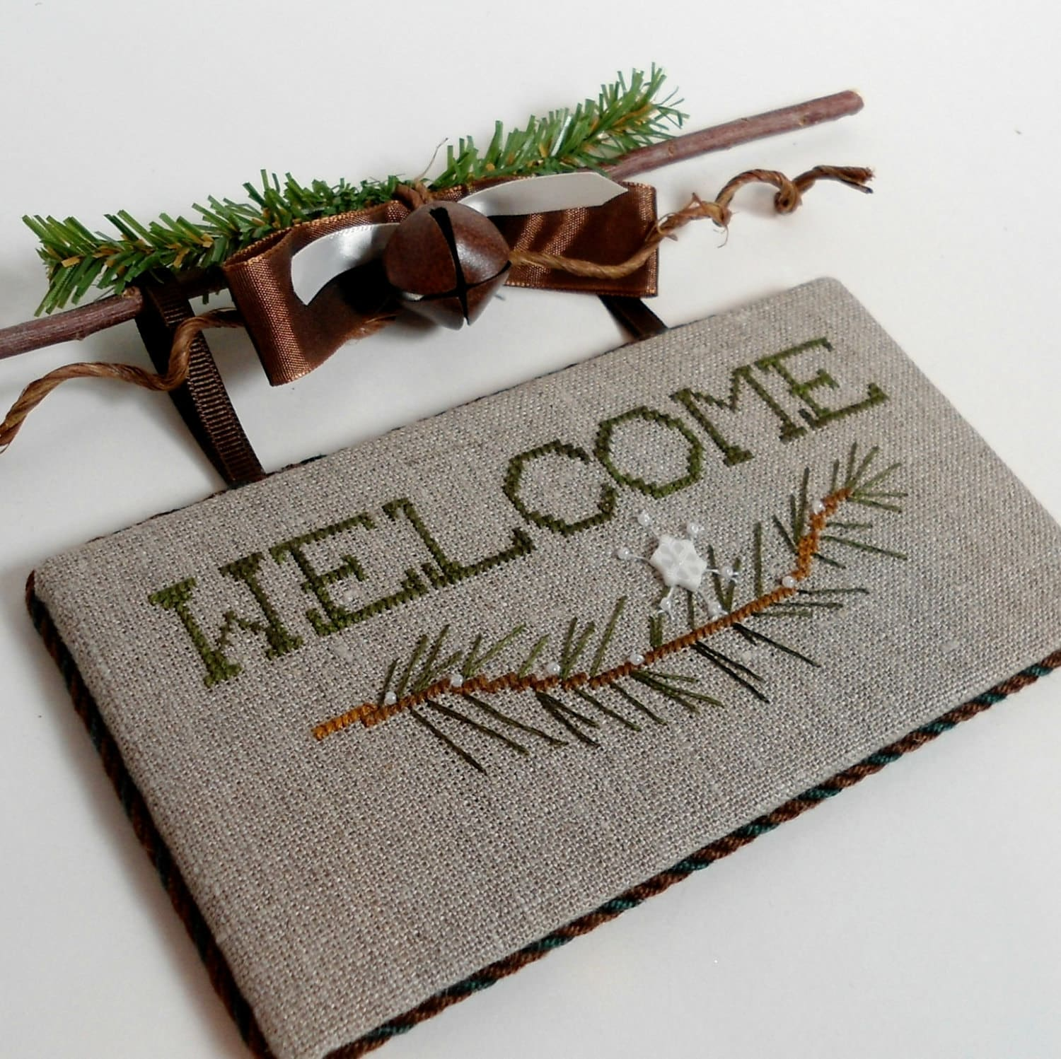 Winter welcome sign rustic home decor for Welcoming baby home decorations