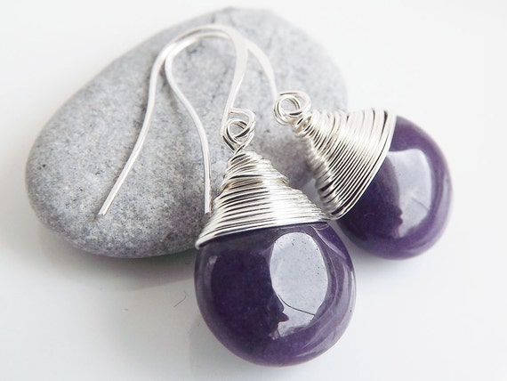 Juicy jade teardrop earrings - Aubergine / Eggplant purple