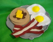 Eco-felt toy  pancakes, bacon, eggs, special with syrup and butter