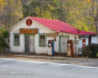Photograph North Carolina Country Store - 8 x 12 -