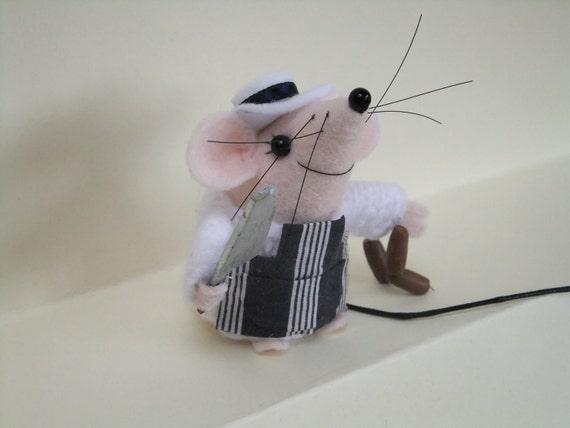 Albert  the Butcher (felt mouse)