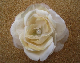 PRETTY beige cream rose FLOWER hair clip