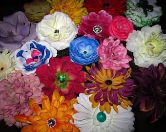 100 flower hair clip --- GRAB BAG --- DESTASH