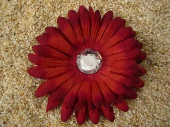 Maroon daisy flower hair clip