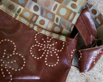 Brown & Flower Pattern Messenger w/Geometric lining