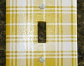Decorative Oversized Mustard Plaid Switch Plate - Single Toggle