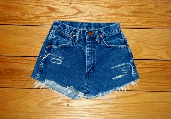 Wrangler Jeans Denim Shorts High Waist Cut Offs Distressed - US Size 0/1 xs PRIORITY SHIPPING