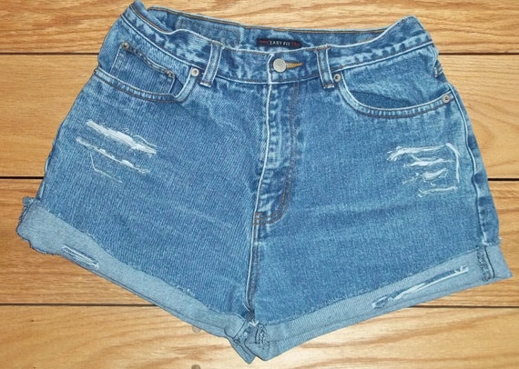 3 DAY SALE --- Denim Shorts High Waist Distressed Cut Offs - US Size 5/6/7   Priority Shipping