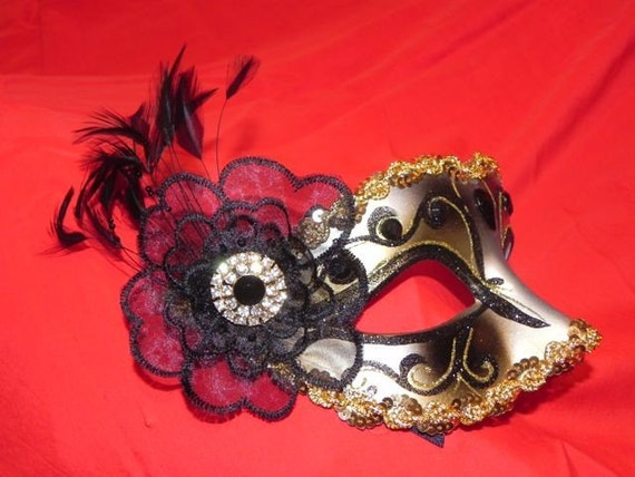 Black and Gold Venetian Feather Mask