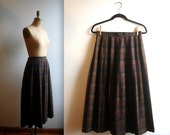 teacher's pet dressed in plaid - accordion pleated MAXI SKIRT (m)