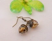 Free Shipping - Vintage Acorn Earrings