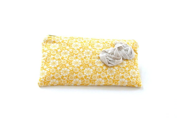small zipper pouch in yellow floral with rosettes / summer fashion