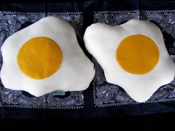 Plush Fried Eggs Pillows - Geek Chic Home Decor
