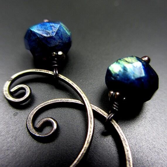 Flashy Specrolite Hoop Oxidized Sterling Silver Earrings