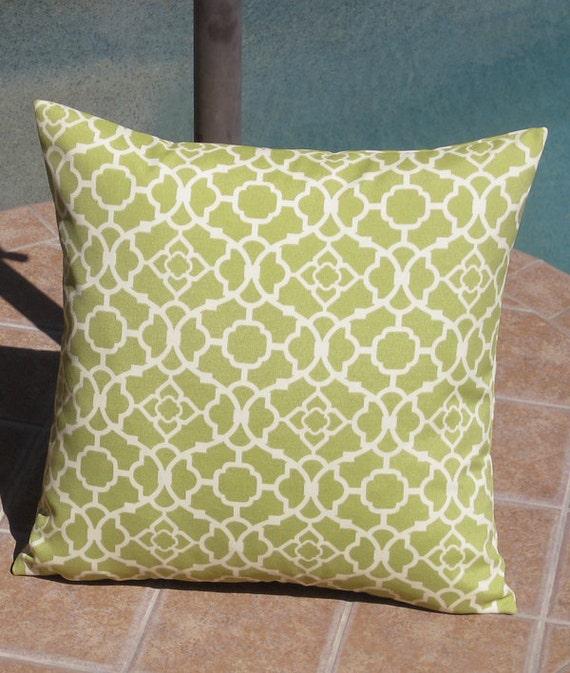 Outdoor Citrine Green Lattice Throw Pillow Cover