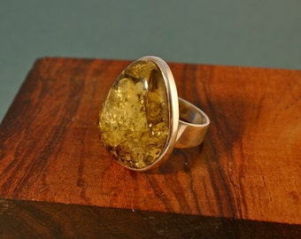 large green amber ring, size 8 to 8.5