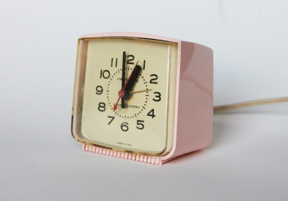 Vintage Alarm Clock Made by General Electric. Pale Pink