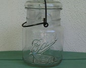 Mason Jar Clear Pint Lightning Jar with Glass Lid and Wire Clamp Vintage