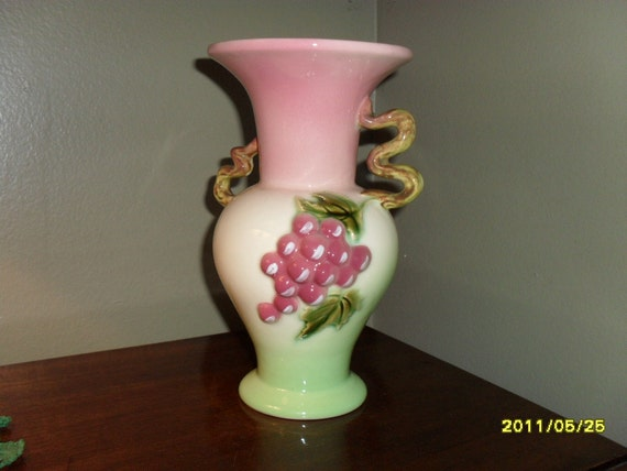 Hull Pottery Tokay Handled Vase