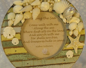 Seashell Picture Frame Round Multicolor Wood Shabby Chic