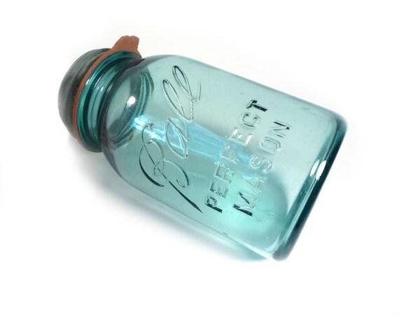 HOLIDAY SALE Ball Perfect Mason Jar in aqua blue