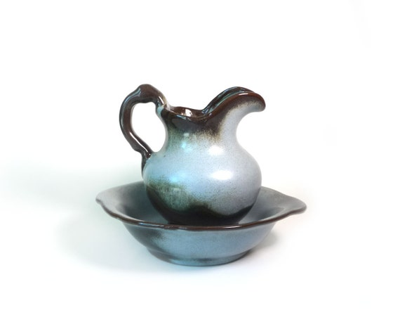 Frankoma pitcher and bowl - blue and french roast brown