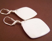 Handcrafted jewelry - White agate gemstone beads silver handmade dangle earrings