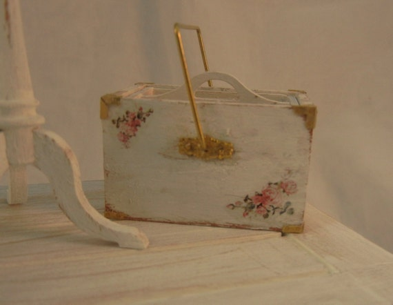 Dollhouse Miniature - Shabby Chic Wood Housemaids Box - 1/12th scale