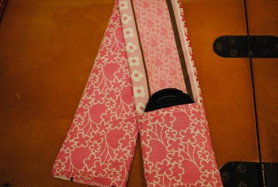Pink Camera DLSR Camera Strap with Lens Pocket