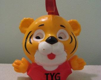 Vintage Shirt Tales Tyg Crib Toy