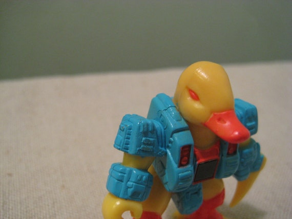 Vintage Run Amok Duck Battle Beasts
