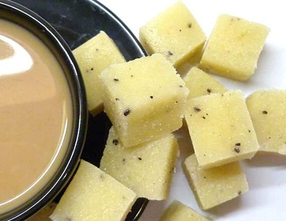 Brightening Exfoliating Body Scrub. Organic Sugar Cube Scrub. Coffee and Vanilla. 8 oz