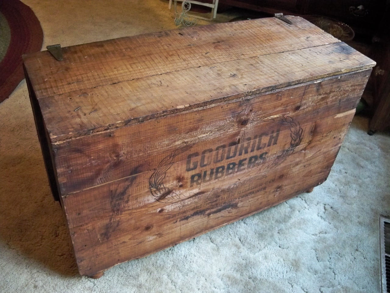 shipping crate coffee table davelennard 20 diy wooden crate coffee
