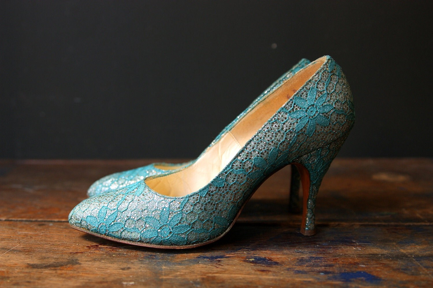 Turquoise Wedding Heels: 1950s Shoes / Turquoise Lace Silver Glitter Heels / Retro