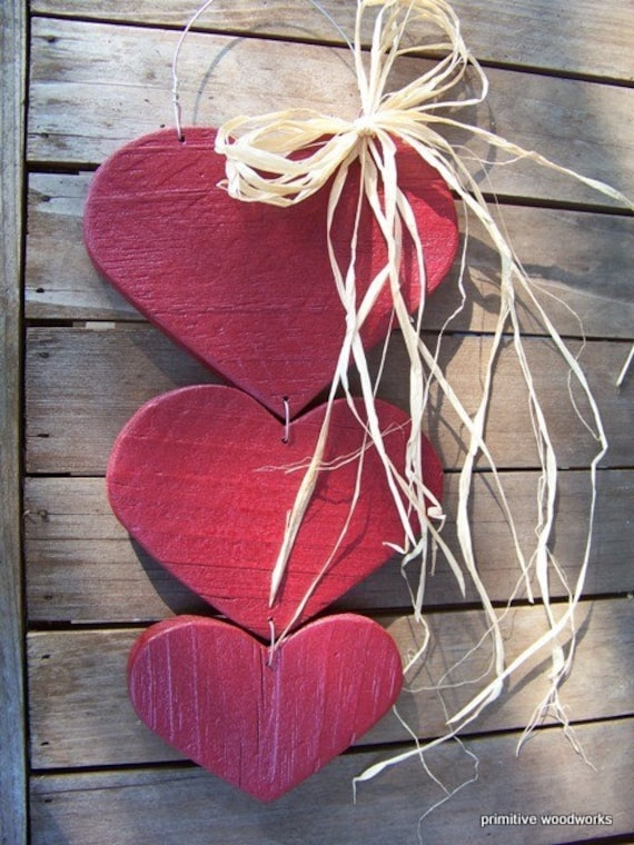 Lovely Rustic Painted Wood Hearts - Red - Home is Where You Hang Your Heart
