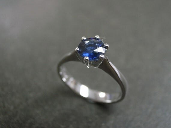 Blue Sapphire Solitaire Engagement Ring in 14K White Gold