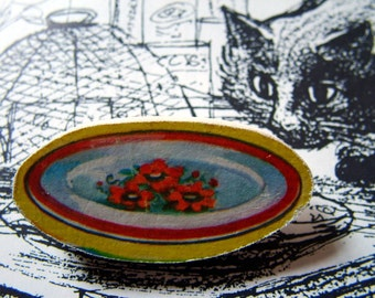 very vintage wooden brooch - delicious dinner plate
