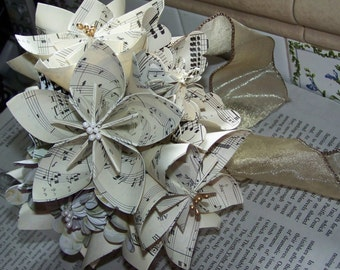 Sheet Music Flower Bouquet - 10 Kusudama Flowers With Stamens and Stems