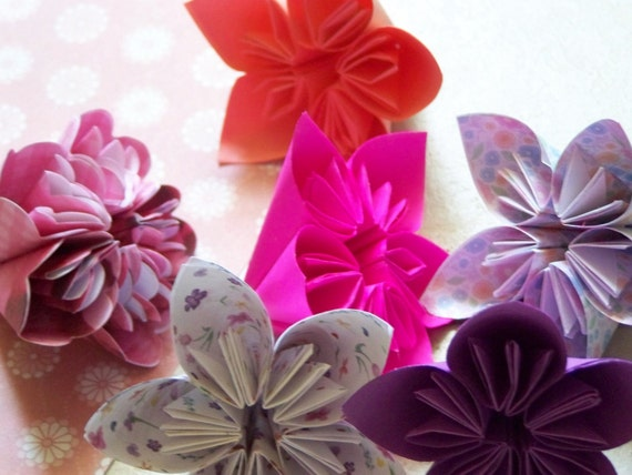 Paper Flowers 11 Jazzy Colored Kusudama..Special